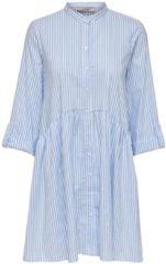 Lichtblauwe ONLY ONLDITTE LIFE STRIPE 3/4 DRESS NOOS WVN Dames Jurk - Maat 40