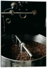 Grijze KuijsFotoprint Dibond - Koffiebonenmachine - 40x60cm Foto op Aluminium (Met Ophangsysteem)