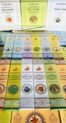 Zwarte Ayurvedic Wierook Nagchampa Ayorvedic Masala incense Assortiment 12 Soorten (12 pakjes x 15stokjes) + wierookhouder van mangowood