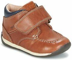 Bruine Lage Sneakers Geox B EACH BOY