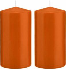 Trend Candles 2x Oranje cilinderkaarsen/stompkaarsen 8 x 15 cm 69 branduren - Geurloze kaarsen oranje - Woondecoraties