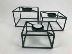 Zwarte CottonCounts Set van drie metalen waxinelicht houders metaal 15x15x10/14x14x8/12x12x6 cm