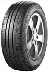 Universeel Bridgestone T001* rft 225/50 R18 95W