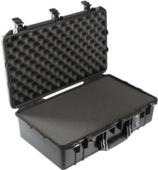 PELI Outdoor-koffer 1555Air,WL/WF (l x b x h) 629 x 393 x 209 mm Zwart 015550-0000-110E