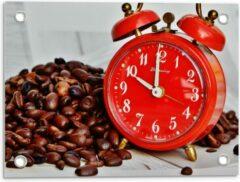 KuijsFotoprint Tuinposter – Koffiebonen met Rode Wekker - 40x30cm Foto op Tuinposter (wanddecoratie voor buiten en binnen)