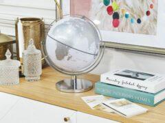 Beliani DRAKE - Globe - Zilver - Synthetisch materiaal