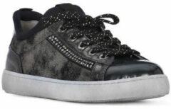 Grijze Lage Sneakers Nero Giardini MP NERO GIARDINI DAFNE STEEL