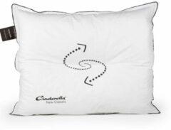 Cinderella New Classic Synthetisch Stevig Hoofdkussen - 50% Latex - 50% Thermosoft Holle Polyester Vezelbolletjes - Wit