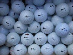 Witte Golfballen gebruikt/lakeballs Nike mix AAAA klasse 50 stuks.