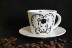 Petit Paris Illustraties Kop en schotel - koffie - wit - Zeeuws meisje - kopjes - mokken