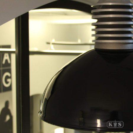 Afbeelding van Zwarte Buitenlamp Hanglamp Old Industrie - Zwart - �50cm - Ruw Aluminium - KS Verlichting