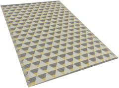 Beliani Buiten-vloerkleed driehoek patroon grijs / geel 120 x 180 cm. HISAR