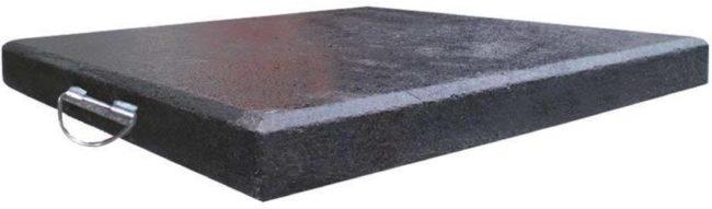 Afbeelding van Donkergrijze Outdoor Living Granietplaat 90kg zwart, afstand gaten diagonaal 16cm