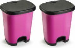 Forte Plastics Set van 2x stuks kunststof afvalemmers/vuilnisemmers/pedaalemmers in het fuchsia roze/zwart van 27 liter met deksel en pedaal. 38 x 32 x 45 cm.