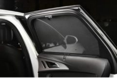 Zwarte Car Shades Carshades Toyota Yaris II 3-deurs 2005-2011 autozonwering