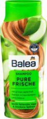 DM Balea Shampoo pure frisheid - Voor licht vet haar en droge punten - Met een groene appelgeur - Zonder siliconen (300 ml)