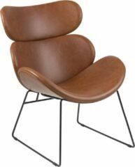 Fyn Cazy fauteuil in cognac kunstleder en zwart metalen onderstel.