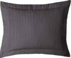 Antraciet-grijze ISleep Satijnstreep Kussensloop - 60x70 cm - Antraciet