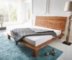 DeLife Holzbett Live-Edge Akazie Natur 180x200 mit Kopfteil Massivholzbett