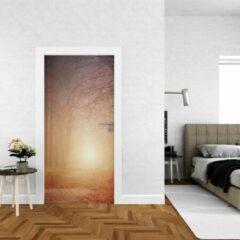 Bruine Wallstation Deursticker Bossen 11 - 100 x 250 cm - Gratis installatie-kit - Snelle levering