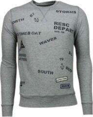 Bread & Buttons Crew Text Borduur - Sweater - Grijs Heren Sweater S