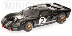 Zwarte Ford GT40 MKII Winner 24H LeMans 1966
