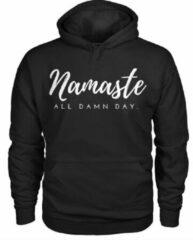 Zwarte Gildan Hippe sweater | Hoodie | Namasté| maat Smal