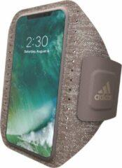 Zandkleurige Adidas SP Sport Armband FW17 for iPhone X/Xs sesame