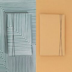 Paperoni - Bundel Maze Peach - luxe cadeaupapier - inpakpapier - 2 rollen met bijpassend koord - Groen-Pastel oranje