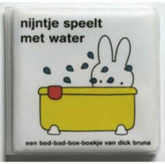 Mercis Nijntje speelt met water (badboekje). 0+