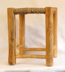 Beige Nusa Originals - Kruk Raya - Handgemaakt & Fairtrade - Bohemien & Scandinavian - 45x37cm