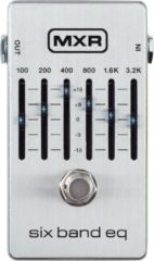 Zilveren MXR M109S Six Band EQ equalizer/filter pedaal