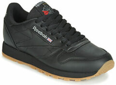 Zwarte Lage Sneakers Reebok Classic CL LTHR