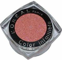 Rode L'Oréal Paris L'Oreal Infaillible eyeshadow - 039 Magnetic Coral
