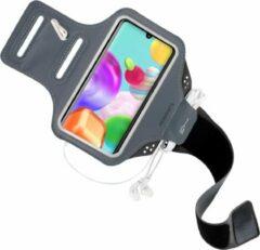 Zwarte Mobiparts Comfort Fit Sport Armband Samsung Galaxy A41 (2020) Black