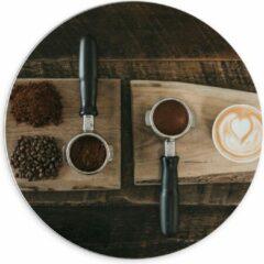 Beige KuijsFotoprint Forex Wandcirkel - Gemalen Koffiebonen en Koffie op een Plankje - 70x70cm Foto op Wandcirkel (met ophangsysteem)