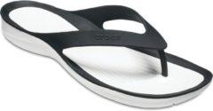 Crocs Swiftwater Flip Slippers Dames Slippers - Maat 37/38 - Vrouwen - zwart/wit