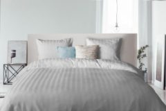 Elegance - Dekbedovertrek - 200x200/220 - Uni - Satijnstreep / Satijn Streep - Hotel Kwaliteit Satin Stripe - Licht Grijs