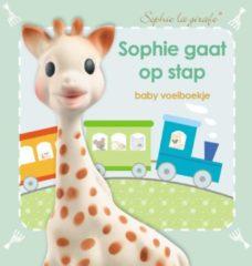 Veltman Uitgevers B.V Sophie de giraf voelboekje: Sophie gaat op stap