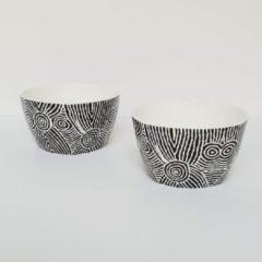 Witte Alperstein Designs Designkommen set van 2 - Pauline Napangardi Gallagher - Aboriginal collectie