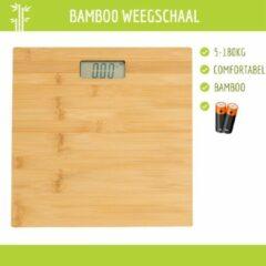 Naturelkleurige NiceGoodz Weegschaal - Bamboo - Personenweegschaal - Digitaal - Incl. batterijen - Max. 180Kg - Bamboe - 30 x 30 Cm