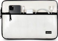 UNBEGUN MacBook Pro 13 inch case met voorvak (van gerecycled materiaal) - Witte laptop sleeve voor nieuwe MacBook Pro 13.3 inch (2016/2017/2018/2019/2020)