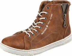 Bruine Sneakers Emrik by Mustang shoes