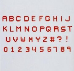 Creme witte FMM Alphabet & Numbers Tappits Pixel Upper Case