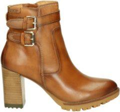 Bruine Boots en enkellaarsjes CONNELLY W7M-8854 by Pikolinos