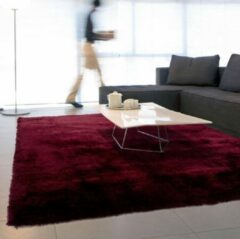 Bordeauxrode Floorpassion Ross 47 - Prachtig hoogpolig vloerkleed in bordeaux kleursamenstelling