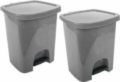 Zilveren Hega hogar 3x stuks grijze pedaalemmers vuilnisbakken/prullenbakken 6 liter 21 x 23 x 29 cm - Kunststof/plastic vuilnisemmer