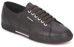 Bruine Lage Sneakers Superga 2950