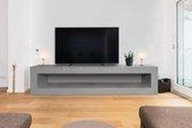 Afbeelding van Grijze Betonlook TV-Meubel open vak   Platinum Grey   140x40x40 cm (LxBxH)   Betonlook Fabriek   Beton ciré