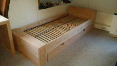 KSM-Steigerhout Bed ''Block'' van Douglas hout - Eenpersoons met 1 grote lade - 90x200cm - Gemonteerd geleverd - Gratis bezorging